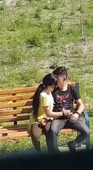 Молодая узбечка дрочит парню на улице #min_1.jpg